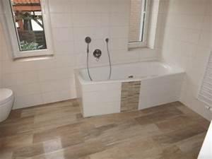 Bad Holzoptik Fliesen : holzboden im bad oder feinsteinzeug fliesen in holzoptik ~ Sanjose-hotels-ca.com Haus und Dekorationen