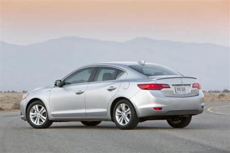 2013 acura ilx fuel economy numbers improve 187 autoguide