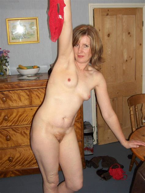 Amateur Nude Mature Milf Over 50 Naked