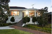 art deco homes The Modern Art Deco House | House Nerd