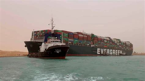 US Navy plans to send assessment team to Suez Canal to ...