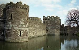 Great Castles Gallery Beaumaris Castle Anglesey Wales