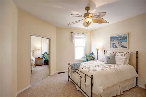 This Cozy Bedroom Ideas For Small Rooms Will Make It Feel