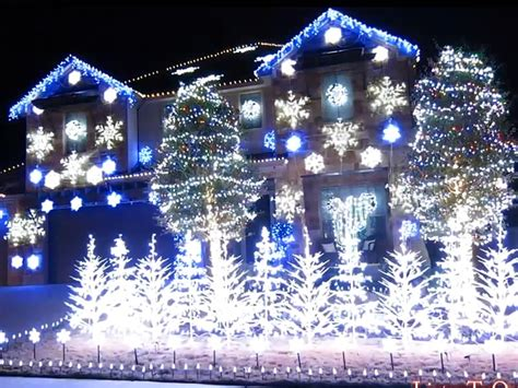 where to buy christmas lights that go with music holiday lights synched to frozen 39 s let it go