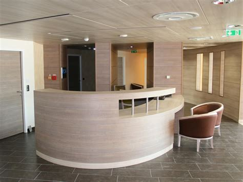 bureau d angles banque d 39 accueil menuiserie sur mesure atelier madec