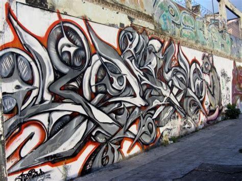 Gambar Grafiti Keren Pada Dinding Dan Media Lain