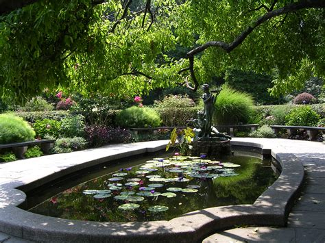 Central Park Garden by The Conservatory Garden Nyc Hortus 2 There Is