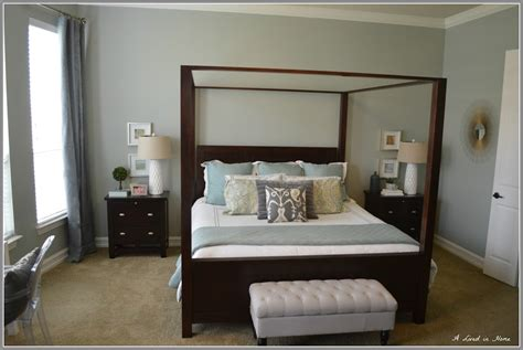 7 paint colors for bedrooms with dark wood furniture