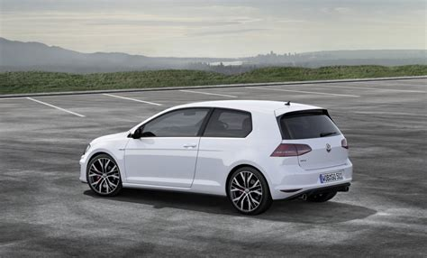 volkswagen golf gti 2014 2014 volkswagen golf gti mark vii geneva motor show preview