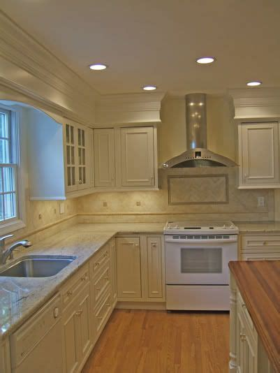 how to cut crown moulding for kitchen cabinets 17 best images about updating cabinets molding on 9723