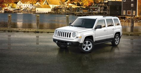 white jeep patriot 2016 don 39 t let the low price of the 2016 jeep patriot scare you