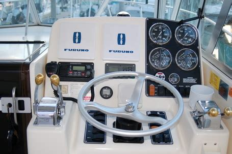 Buy My Boat by Electronics Buy My Boat Online1999 Pursuit 3000 Express