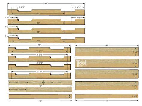 diy  pallet porch table  tool belt