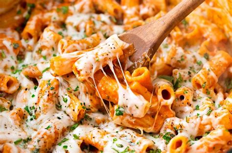 Chicken parmesan baked pasta recipe variations. One Pot Chicken Parmesan Pasta - The Chunky Chef