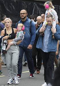 Lily Allen Husband And Kids | www.pixshark.com - Images ...