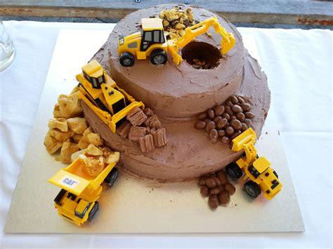 Construction Cake Decorations by Construction Site Cake Anniversaire
