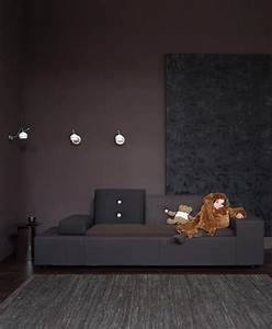 Wand Schwarz Streichen : dunkle t ne auch f r kleine r ume deko dunkle wandfarbe dunkle w nde und wandfarbe wohnzimmer ~ Fotosdekora.club Haus und Dekorationen