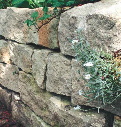Wandgestaltung Mit Naturstein by Wandgestaltung Wohnzimmer Trockenmauer Selbst Bauen Aus