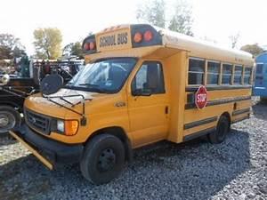 Seat Corbeil : 2005 ford corbeil 25 passenger mini bus 6 0l diesel engine school bus for sale youtube ~ Gottalentnigeria.com Avis de Voitures