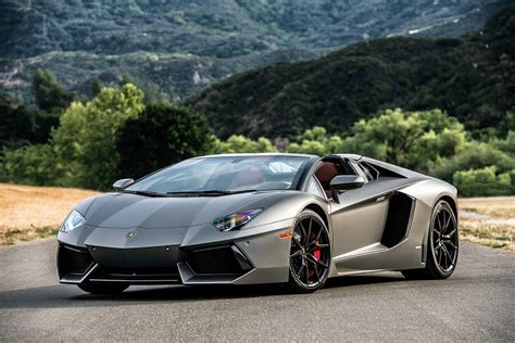 lamborghini aventador lp 700 4 roadster 2018 169 automotiveblogz lamborghini aventador lp 700 4 roadster review 2015