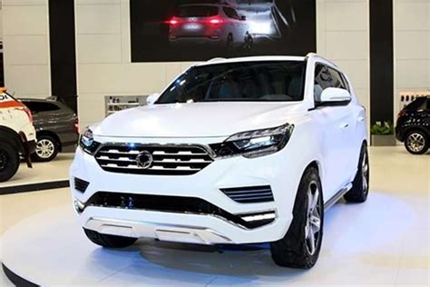 toyota fortuner redesign specs price