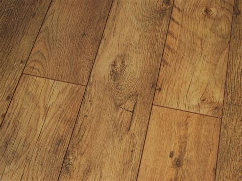 Clearance of laminate flooring ? the best way to save