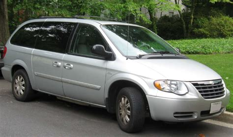 2009 Chrysler Town And Country Owners Manual by 2007 Chrysler Town And Country Owners Manual Owners