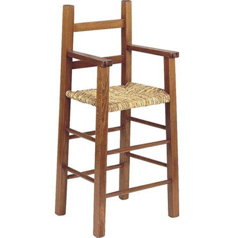 chaise haute bébé en bois chaise haute bébé en bois et paille table de lit