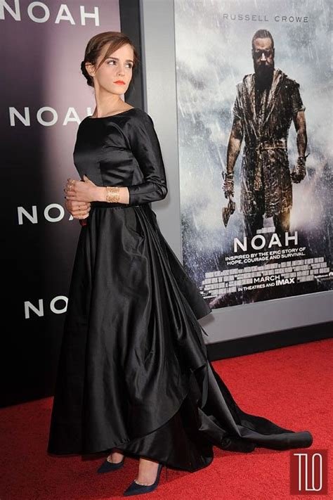 Emma Watson Oscar Renta Noah Premiere Black