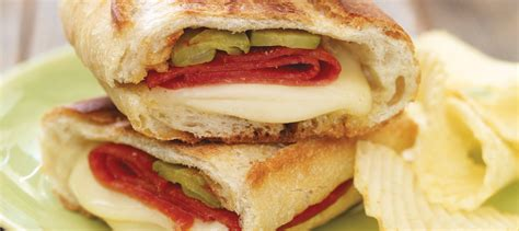 Sandwich Au Fromage Fondant Avec - sandwich au fromage fondant 224 la hongroise recette plaisirs laitiers