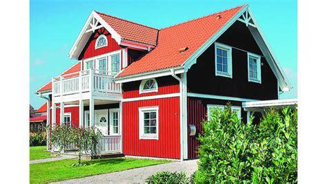 serie schwedenhaeuser setzen farbtupfer