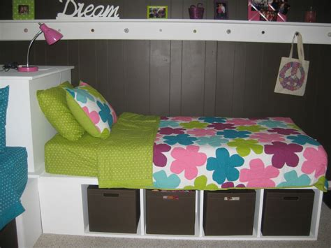 paperchic gal ugly basement roominto  cute girls room