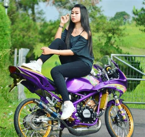 Motor Cantik by Foto Model Cantik Motor Modifikasi Track