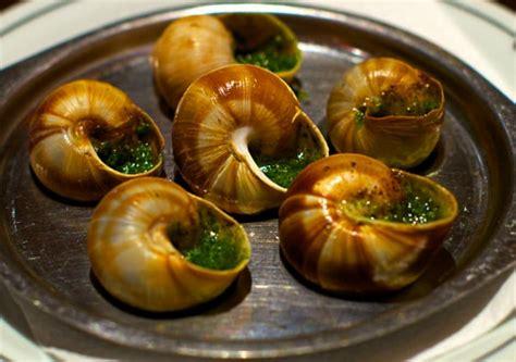 cuisine escargots how to eat snails travel gluttons
