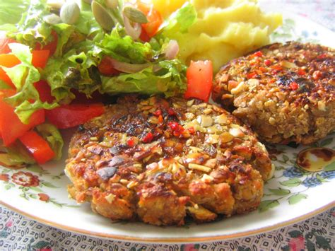 vegan cuisine file vegan patties with potatoes and salad jpg wikimedia