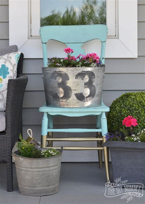 Make Faux Vintage Galvanized Planter Outdoor