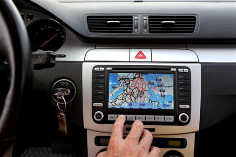 How-to-buy-and-install-your-own-gps-system