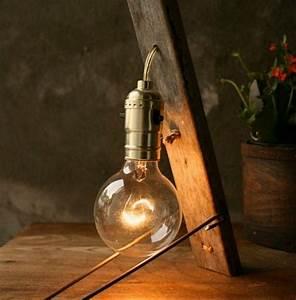Lampe De Chevet Originale : diy 10 lampes originales faciles fabriquer actualit s seloger ~ Teatrodelosmanantiales.com Idées de Décoration