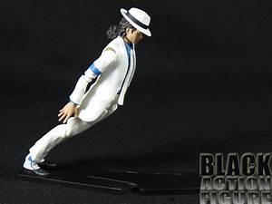 Review: Bandai S.H. Figuarts Michael Jackson