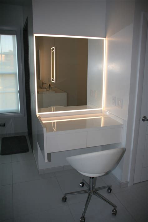bathroom mirror with led lightning 171 aluminum glass