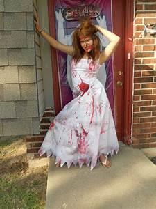 Adult costume zombie bloody wedding dress size wedding for Wedding dress costume for adults