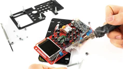 build your own smartphone for 89 with diy makerphone kit