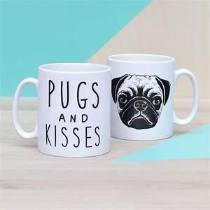 Mug à Thé : 39 pugs and kisses 39 ceramic mug by oakdene designs ~ Teatrodelosmanantiales.com Idées de Décoration
