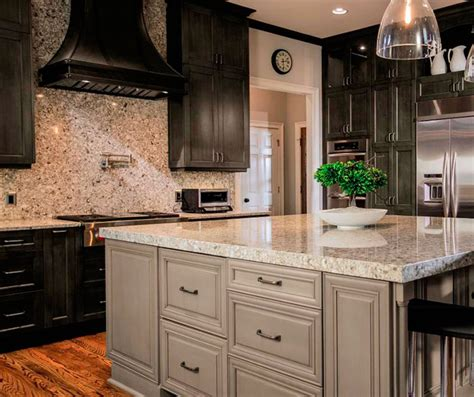 grey maple kitchen cabinets casual gray kitchen cabinets kitchen craft cabinetry 4083