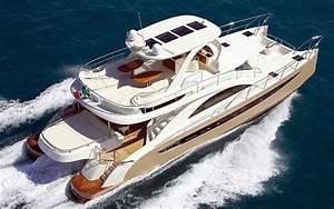 6239 Rodriguez Power Catamaran For Charter In Miami Florida