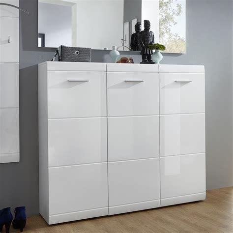grand meuble  chaussures blanc design  paires alama