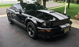 Black 2007 Ford Mustang Shelby GT Coupe - MustangAttitude.com Photo Detail