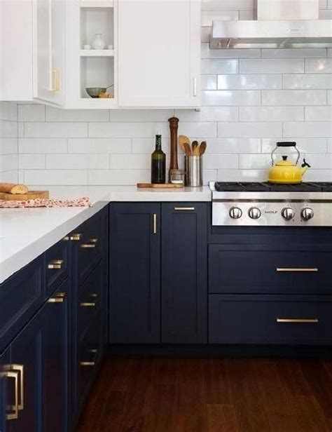 Midnight blue kitchen cabinets for 2018 #2018colourtrends