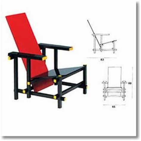 fourniture de bureau pas cher pour professionnel la chaise et bleue de gerrit rietveld 28 images la