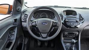 Ford Ka Interieur : ford ka 1 2 85ps zetec 2016 review car magazine ~ Maxctalentgroup.com Avis de Voitures